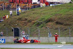 Abandon pour Rubens Barrichello