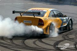 Smoke show for Joachim Winkelhock