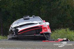 Armin Schwarz' auto destrozado