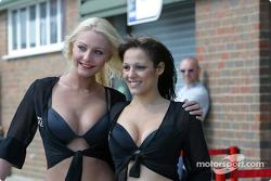 The lovely Snetterton girls