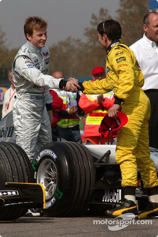 Kimi Räikkönen, McLaren; Giancarlo Fisichella, Jordan