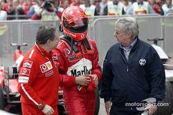 Jean Todt, Michael Schumacher y Herbie Blash de la FIA