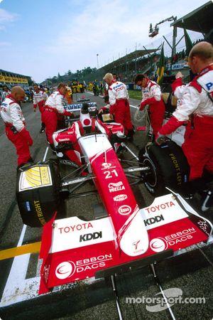 El Equipo Toyota en la parrilla de salida