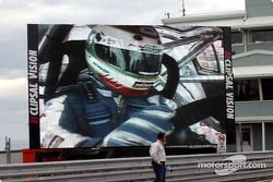 Fans donít miss the in car action on the giant screens