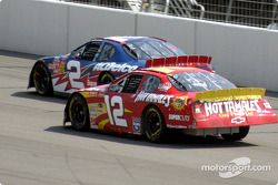 Ron Hornaday y Kerry Earnhardt