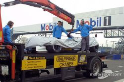 Allan McNish's car back on the rescue truck