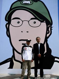 British artist Julian Opie brings together Art ve Formula 1 racing: Jacques Villeneuve ve Julian Opi