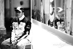British artist Julian Opie brings together Art ve Formula 1 racing: Jacques Villeneuve