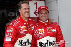 La primera fila: Michael Schumacher y Rubens Barrichello