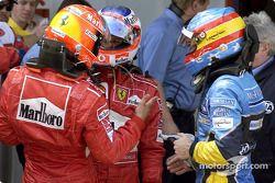 Победитель гонки Михаэль Шумахер, Рубенс Баррикелло и Фернандо Алонсо