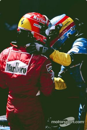 Ganador de la carrera de Michael Schumacher con Fernando Alonso