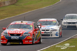Russell Ingall leading Garth Tander (34) and Rodney Forbes (7)