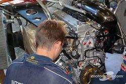 Lola MG engine