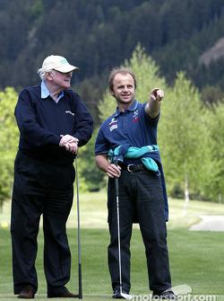 Golftornooi: F1 dokter en professor Sid Watkins en fysiotherapeut Josef Leberer