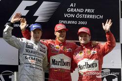 Podium: Sieger Michael Schumacher, Kimi Räikkönen, Rubens Barrichello