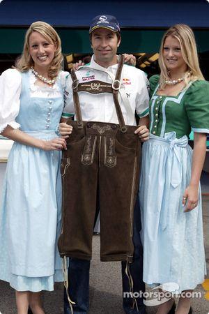 Heinz-Harald Frentzen y su lederhosen