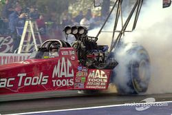 Doug Kalitta does his burn-out