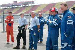 Motorsport.com's crew observing the autocross