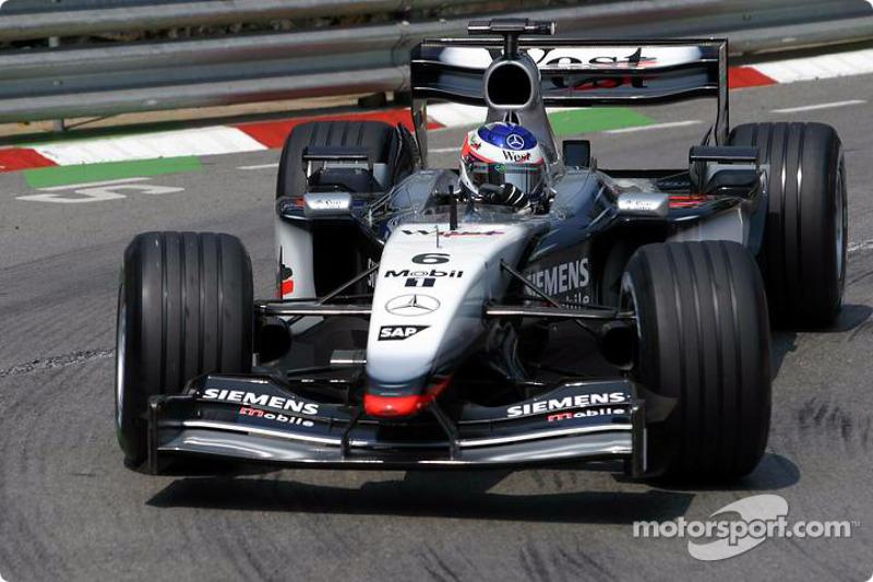 2003: McLaren MP4-17D Mercedes (две победы, 3-е место в КК)