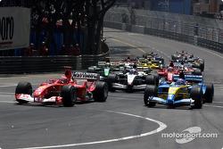 Départ : Michael Schumacher et Fernando Alonso
