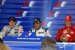 Conférence de presse : le vainqueur Juan Pablo Montoya avec Kimi Raikkonen et Michael Schumacher