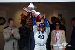Podium : le vainqueur Juan Pablo Montoya