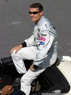 Parade des pilotes : David Coulthard