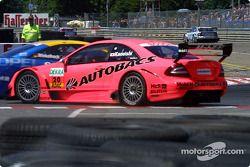 Unfall: Katsutomo Kaneishi, Persson Motorsport, AMG-Mercedes CLK-DTM 2002