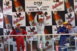 Podium: 1. Bernd Schneider, Team HWA, AMG-Mercedes CLK-DTM 2003; Peter Dumbreck, OPC Team Phoenix, O