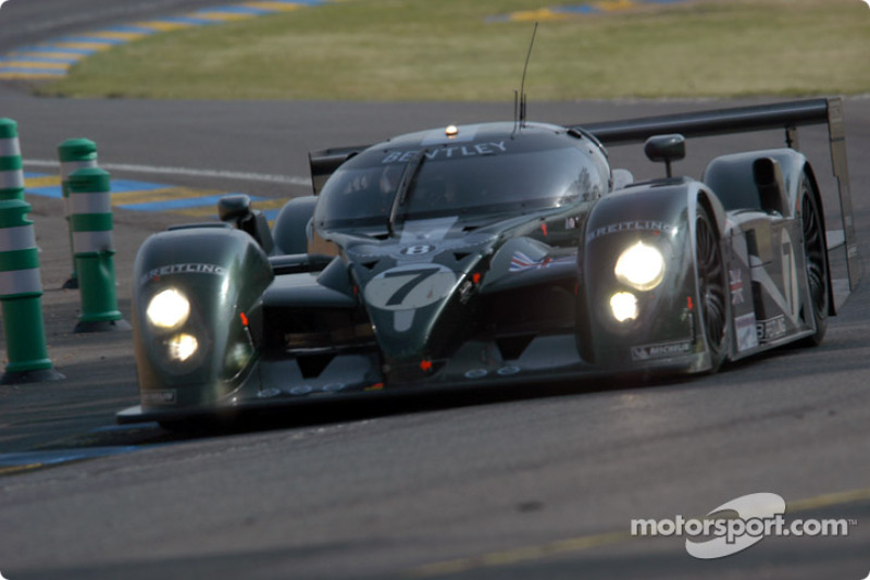 #7 Team Bentley, Bentley Speed 8: Tom Kristensen, Rinaldo Capello, Guy Smith