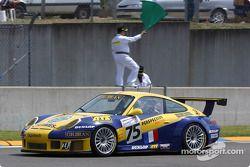 #75 Thierry Perrier Porsche 911 GT3 RS: Michel Neugarten, Nigel Smith, Ian Khan heads to the starting grid