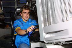 Fernando Alonso tries PlayStation 2