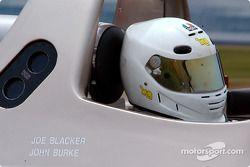 la Pilbeam MP84 Nissan n°77 de l'équipe AB Motorsport pilotée par Joe Blacker, John Burke