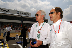 Dr. Helmut Panke, Chairman of the BMW Board, with Gerhard Berger (BMW Motorsport Director) on the starting grid