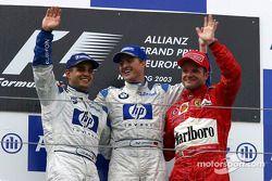 Podium: Sieger Ralf Schumacher, 2. Juan Pablo Montoya, 3. Rubens Barrichello