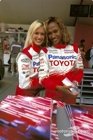 Lovely Toyota hostesses