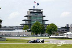 Jeff Gordon à pleine vitesse avec une F1 à Indy