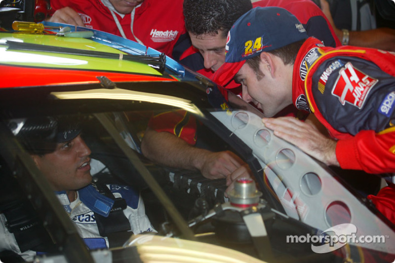 Juan Pablo Montoya, Car, takes pointers from Jeff Gordon