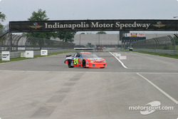 Juan Pablo Montoya, end, backstraight, Indy'in road course