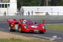 la Ferrari 512S n°7 pilotée par Nick Mason, Mark Hales