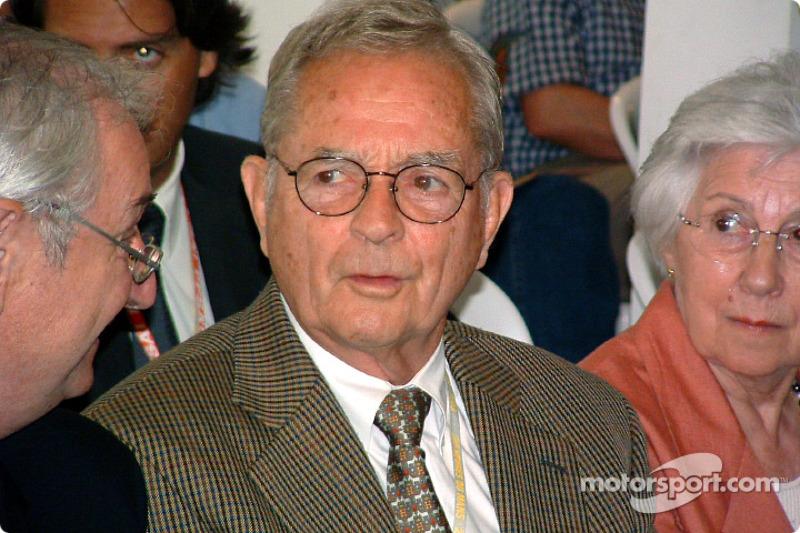 1963: Фил Хилл (из Ferrari в ATS)