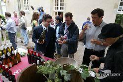 Dégustation de vin un soir chez Renault F1
