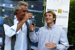 Los catadores de vino de Renault: Flavio Briatore y Jarno Trulli