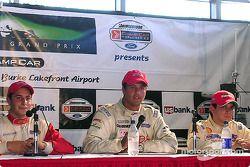 Press conference: race winner Leonardo Maia with Dan di Leo and German Quiroga