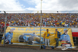 Renault F1 fans at Magny-Cours