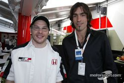 Jacques Villeneuve avec le joueur de foot Robert Pires
