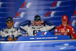 Conferencia de prensa: ganador de la carrera Ralf Schumacher con Juan Pablo Montoya y Michael Schumacher