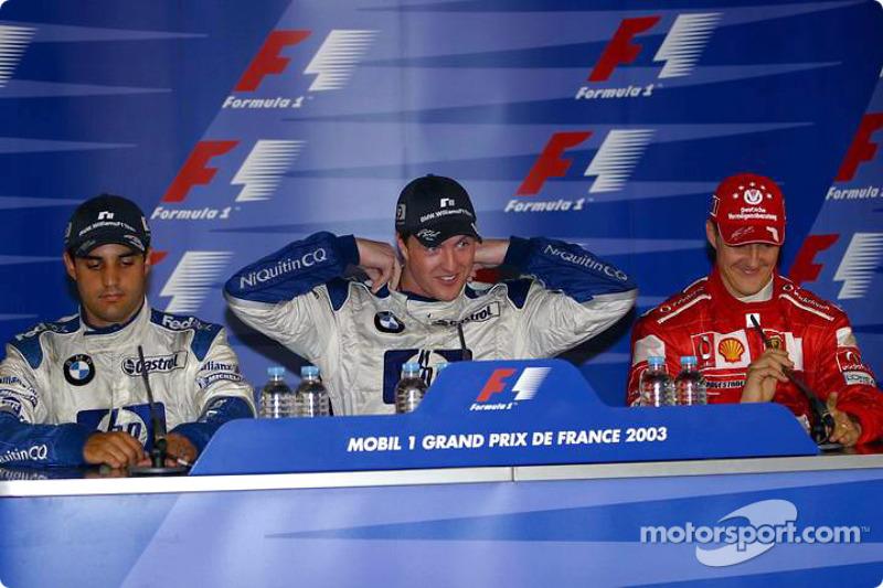 Conférence de presse : le vainqueur Ralf Schumacher avec Juan Pablo Montoya et Michael Schumacher