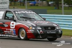 #9 Archangel / LAMZ Nissan Sentra SE-R: Curtis Francois, Jeff Tillman, Doug Ackerman