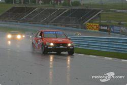 Team Lexus IS300 : Daniel Dror, John Rutherford